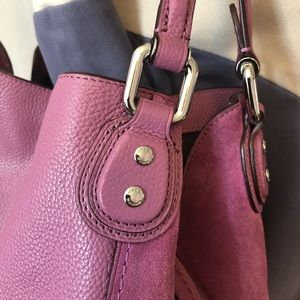 Coach Bags - Auth Coach Edie 31 lilac leather shoulder bag